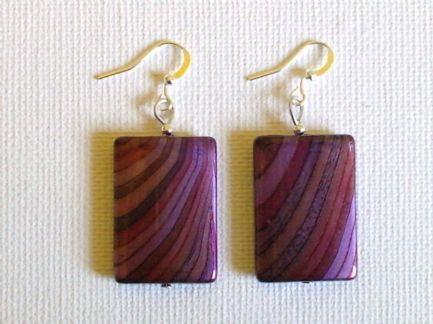 Grained effect earrings